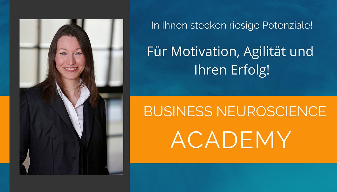 Dr. Elke Präg zeigt in Online-Kursen der Akademie, wie Sie Ihre mentalen Stärken erweitern und dadurch Glück und Leistungskraft erreichen.